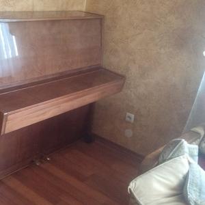 Продам піаніно