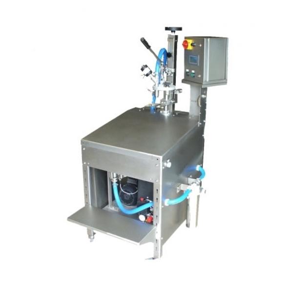 Оборудование для розлива в Bag in Box полуавтомат Италия 2