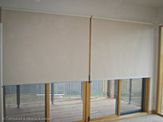Рулонна штора на управлінні